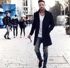 Óculos + coat preto + chelsea boots