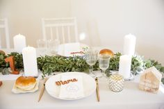 You+Us=Fun! - Simplesmente Branco - Momentos com Design Table Decorations, Fun, Furniture, Design, Home Decor, Simple, Weddings, Decoration Home, Room Decor