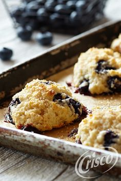 These fluffy, buttery biscuits are ready to rise in less than 20 minutes. Fresh lemon zest and juicy blueberries will awaken your taste buds. Start your Easter brunch with Lemon Blueberry Drop Biscuits from Pillsbury® Baking! Buttery Biscuits, Drop Biscuits, Crisco Recipes, Cooking Recipes, Lemon Recipes, Drink Recipes, Vegetarian Recipes, Yummy Food, Tasty