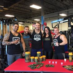 @chrisjohnson_ifbbpro and the gang at @unitedperformance76!!! You've got to check out this gym when you're in #Moncton NB. #Bodybuilding #gym plus #CrossFit and functional #fitness training. Hardcore!  #agarmy #wagewar #muscle #fitfam #instafit #health