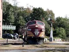 Conway Scenic Railroad loco #4266 on the Turntable