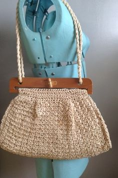 Vintage Woven Raffia Purse with Wooden Handle
