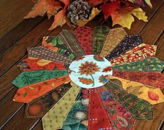 Your place to buy and sell all things handmade Dresden Quilt, Dresden Plate, Quilting Projects, Sewing Projects, Etsy Quilts, Fall Quilts, Photo Candles, Fall Harvest, Autumn