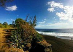 Ti Sable (Saint-Joseph) (Photo envoyée par @marion_trvlle)  Likez et dites ce que vous en pensez dans les commentaires... N'hésitez pas vous aussi à envoyer vos photos et à liker la page fb : facebook.com/ile974  #lareunion #reunion #gotoreunion  #reunionisland #iledelareunion #reunionparadis #reuniontourisme  #ile974 #island #photo #great #amazing #nofilter  #nature #beauty  #island #good #pretty #beach #plage #sun #summer  #sky