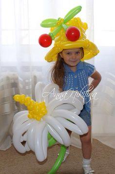 Источник интернет Balloon Hat, Balloon Shapes, Balloon Flowers, Balloon Ideas, Balloons, Info Board, Black Ops, Legos, Upcycle