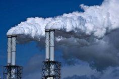 Nooit eerder verstookten Nederlandse energiebedrijven meer kolen dan vorig jaar. In de eerste drie kwartalen werd in centrales ruim zeven miljoen kilo kolen verbrand, schrijft De Persdienst. Dat is 15 procent meer dan in dezelfde periode van 2013 en 36 procent meer dan in 2011.