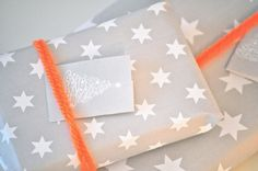 ✂ That's a Wrap ✂  diy ideas for gift packaging and wrapped presents - printable gift wrap paper