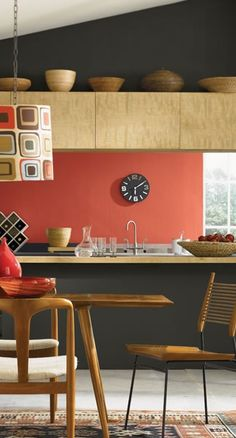 Sherwin-Williams Color of the Year 2015 Black Kitchens, Home Kitchens, Murs Oranges, Interior Wallpaper, Orange Interior, Studio Kitchen, Pink Walls, Small Spaces, Sweet Home