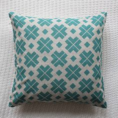 Silk and burg :: Patterned Linen Cushion Cover