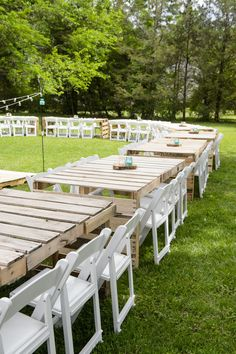 You'd be surprised at all of the things you can DIY for your own outdoor wedding! Check out this list: from pallet tables to cake toppers, it's bound to give you some DIY inspiration. wedding diy My DIY Wedding: Reception Pallet Wedding, Outdoor Wedding Reception, Outside Wedding, Wedding Backyard, Diy Wedding Tables, Wedding Ideas, Wedding Night, Rustic Wedding, Wedding Ceremonies