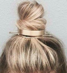 gold bun cuff hair accessory from Jen Atkin/ c+i - Haarschmuck Hair Inspo, Hair Inspiration, Jen Atkin, Hair Accessories For Women, About Hair, Hair Day, Pretty Hairstyles, Thin Hairstyles, Hairstyles 2016