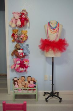 Baskets to hang on wall for Stuffed Animals - Stuffed Animal Storage - Doll Stor. Baskets to hang on wall for Stuffed Animals – Stuffed Animal Storage – Doll Storage Doll Storage, Kids Storage, Homemade Stuffed Animals, Stuffed Animal Storage, Animal Nursery, Little Girl Rooms, Girls Bedroom, Bedroom Ideas, Bedrooms