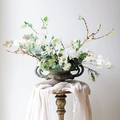 Delicate beauty. #floral #silkandwillow #linen
