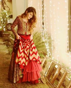 Unique Bridal Lehenga designs that is every Bride's pick in Indian Fashion Dresses, Indian Gowns Dresses, Indian Bridal Fashion, Indian Designer Outfits, Pakistani Dresses, Indian Outfits, Designer Dresses, Bollywood Dress, Choli Designs
