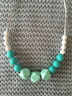 Silicone teething necklace for mums by FoxFeathersAustralia on Etsy https://www.etsy.com/listing/261482706/silicone-teething-necklace-for-mums