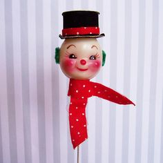 Hey, I found this really awesome Etsy listing at https://www.etsy.com/listing/570783911/vintage-snowman-head-w-hat-wire-pick-7