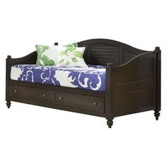 Showcasing a classic design, this 2-drawer daybed is perfect for hosting unexpected guests or indulging in an afternoon nap.     Produc...