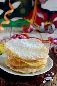 Meraviglie di Carnevale Sweet Recipes, Cake Recipes, Biscotti Cookies, Torte Cake, Mini Desserts, Italian Recipes, Sweet Tooth, Sweet Treats, Food And Drink