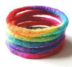 Con este Pin, has encontrado la mejor  forma de que la unión de la luz,la forma y el color este presente en tu día día, con los diseños de las #holos. entra en  www.holoplace.net/info lluïsa&rosó