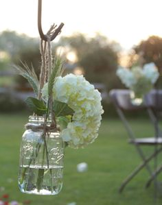 Hydrangea Filled Mason Jars. Simple easy cheap and classic. Just what I'm thinking