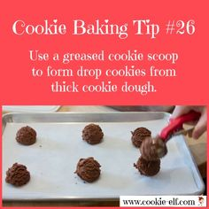 Cookie Baking Tip The scoop on scooping drop cookies from thick dough - grease the cookie scoop! Drop Cookies, No Bake Cookies, Baking Tips, Baking Hacks, Homemade Cookies, Grease, Cookie Dough, Oven, Cooking