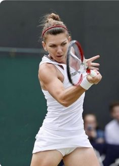 Tennis Live, Sport Tennis, Play Tennis, Sport Nutrition, Simona Halep, Tennis Players Female, Athletic Girls, Tennis Stars, Sporty Girls