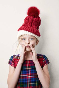 GAP Kids Holiday 2017 Studio Campaign You are in the right place about kids christmas photoshoot Her Christmas Fashion, Kids Christmas, Christmas Outfits, Christmas 2019, Girls Winter Fashion, Kids Fashion, Trendy Fashion, Gap Style, Logos Retro