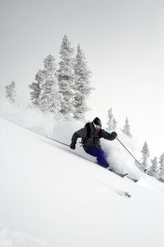 We love skiing! SnowX geeft je enkele tips mee zodat je nog beter wordt: http://www.snowx.nl/tips-voor-wintersport-balans-en-techniek/