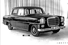 1956 Design model for a possible Mercedes-Benz W 122 model series, created by Walter Häcker 800 x 531 ( Mercedes 180, Mercedes Benz Germany, Mercedes Benz Forum, Mercedes Models, Classic Mercedes, Daimler Ag, Maybach, Small Cars, Concept Cars
