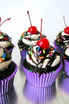 #KatieSheaDesign ♡❤ ❥ Ice Cream Sundae Cupcakes!!! #foodiefiles