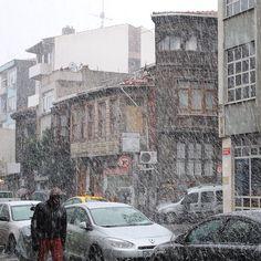 #yedikule #anitibarıile #kar #snow #benimyedikulem #istanbul #istanbuldayaşam #istanbullife #istanbullove #anıyakala #photo #photographer #photooftoday #instapic #instaphoto #instasnow (Yedikule, Istanbul, Turkey)