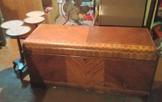 EstateSales.NET Old Washing Machine, Hope Chest, Storage Chest, Packing, Bag Packaging, Tack Trunk