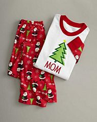 7062a4f93c5 31 Most inspiring Unique Christmas Pajamas for Fun Families - sizes ...