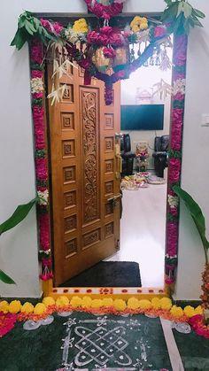 68 New Ideas For Main Door Design Entrance Indian Simple House Main Door Design, Wooden Front Door Design, Home Door Design, Diwali Decorations At Home, Home Wedding Decorations, Festival Decorations, Flower Decorations, Housewarming Decorations, Home Entrance Decor