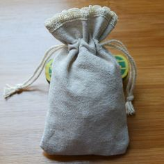 Cotton Linen Drawstring Bag  9x14cm(3.5 - http://www.aliexpress.com/item/Cotton-Linen-Drawstring-Bag-9x14cm-3-5-x5-5-Rustic-Wedding-Party-Gift-Pouch-Candy-Chocolate-Favor-Holder/32329889705.html