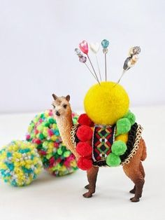 DIY idea :: Plastic Animal Pin Cushion --- this gives me an idea. Upcycling one of my kitschy animal plant holders asap :) Plastic Animal Crafts, Plastic Animals, Craft Projects, Sewing Projects, Photo Projects, Craft Tutorials, Pincushion Tutorial, Diy Gifts To Make, How To Make