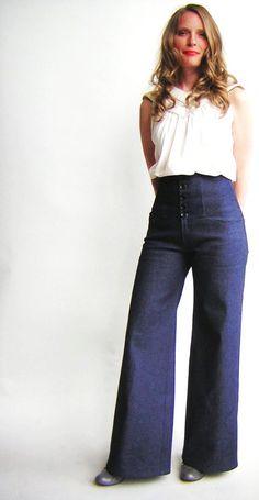High Waist Jeans in Dark Denim