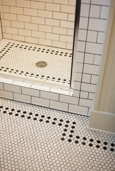 Keep Smiling: Before & After Bathroom