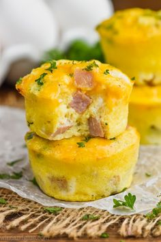 Ham and Cheese Egg Muffins (Easy to freeze and reheat!) - Wine & Glue These Ham and Cheese Egg Muffins are such an easy delicious breakfasts on the go. Made with simple ingredients, and easy to freeze, your family will love these muffin tin eggs. Egg Recipes For Breakfast, Breakfast On The Go, Breakfast Dishes, Brunch Recipes, Breakfast Ideas, Eat Breakfast, Breakfast Casserole, Muffin Tin Breakfast, Breakfast Healthy