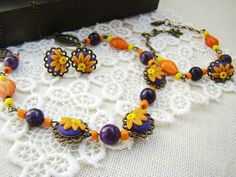 "Set bijuterii ""Orange"" (50 LEI la lycurycy18.breslo.ro) Painted Shoes, Beaded Bracelets, Orange, Handmade, Jewelry, Fashion, Moda, Hand Made, Jewlery"