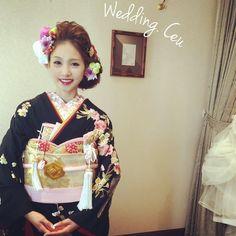 「. . 可愛いnaruさんの和装へとお色直し。 . インスタの投稿で、なるさんに注目してくださっている#プレ花嫁 さんがいっぱい! . 本当に可愛いですよね . これから花嫁になる方からのご予約も沢山頂いています☺️ . ありがとうございます。 . これでスタイリングチェンジ3回目。 . .…」