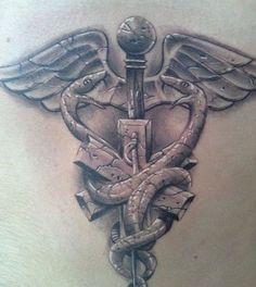 no mundo da tattoo desde 1990