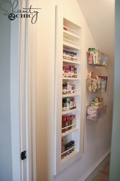 DIY Built-in Spice Rack - Free Plans and Tutorial - Shanty 2 Chic Build A Spice Rack, Wall Spice Rack, Diy Spice Rack, Spice Storage, Diy Kitchen Storage, Diy Storage, Kitchen Organization, Extra Storage, Closet Organization