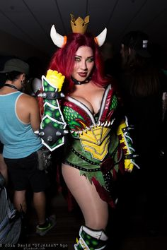 Ivy Doomkitty in Bowser cosplay Mario Cosplay, Cosplay Diy, Cosplay Girls, Video Game Cosplay, Cosplay Ideas, Anime Costumes, Cool Costumes, Super Mario Kostüm, Bowser Costume