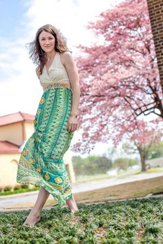 Native Spirit Maxi Dress, turquoise/teal and lovely design and patterning on the dress itself. Spring-Summer worthy for sure! Little Fashion, Love Fashion, Trendy Fashion, Female Fashion, Bourbon And Boots, Fashion Dresses, Maxi Dresses, Street Style Women, Dress Skirt