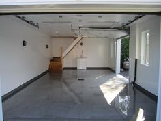 Les panneaux de PVC Trusscore donnent un aspect impeccable dans le garage