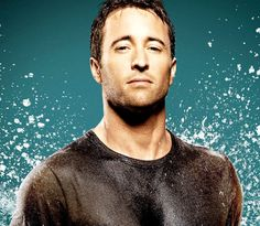 35. Alex O'Loughlin  Born on: 24th August 1976Sexy because: he's a scruffy Australian Renaissance man, who loves to write music, play guitar, juggle and cook, …