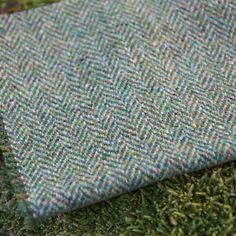 Harris-Tweed-Curtain-Upholstery-Fabric-Herringbone-Weave-Mountain-Bracken