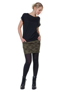 Mini dress with pencil skirt and bat top For you conjured up in Berlin! Pixie, Grunge, Elves, Womens Fashion, Skirts, Outfits, Berlin, Black, Tops