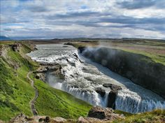 10 Reasons to visit Iceland // seriously, Iceland is very high on my list of places to visit.